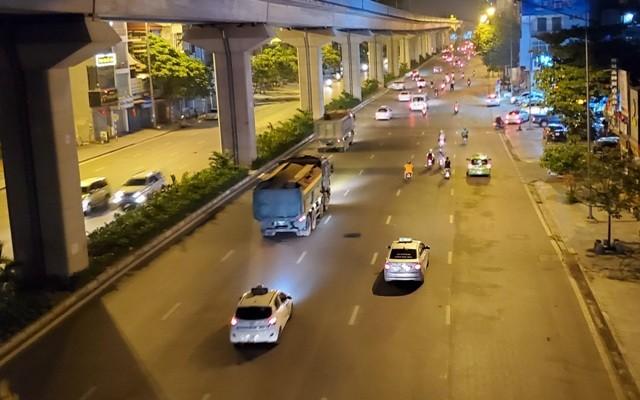 Trên địa bàn quận Hà Đông, trong 5 tháng đầu năm 2020 đã xử phạt 42 trường hợp vi phạm về tải trọng
