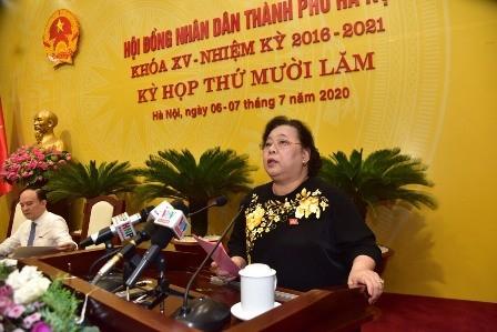 Bà Nguyễn Thị Bích Ngọc, Chủ tịch HĐND TP Hà Nội phát biểu bế mạc Kỳ họp thứ 15 HĐND TP Hà Nội khóa XV