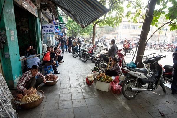 Taxi bị cấm lưu thông hai chiều trên phố Phủ Doãn từ hôm nay, 16/7