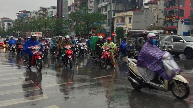 Hà Nội và các tỉnh khu vực Bắc bộ có mưa giông lớn