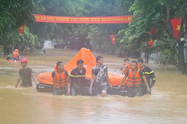 TP Hà Giang ngập trong nước sau mưa lớn