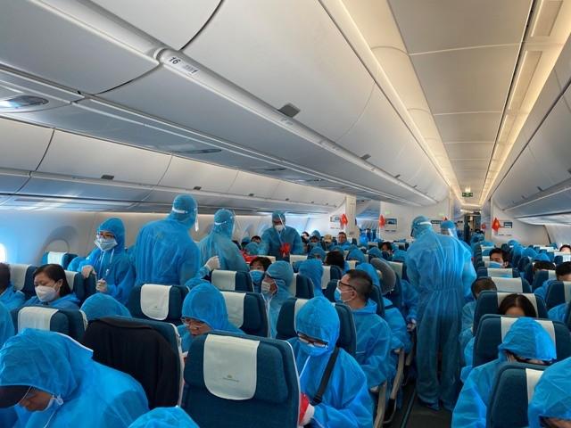 Chuyến bay vượt qua 3 châu lục để đưa công dân Việt Nam tại Cuba và Đức hồi hương
