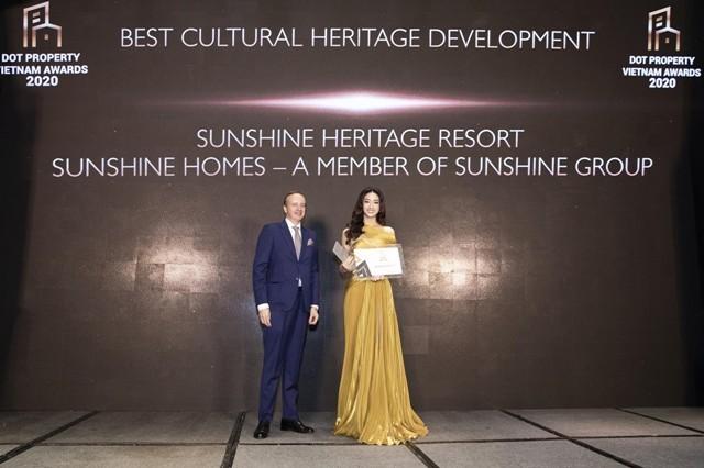 """Sunshine Heritage Resort được vinh danh là """"Dự án tái hiện di sản văn hóa tốt nhất Việt Nam 2020"""", được kiến tạo để lưu giữ di sản văn hóa quốc tế, đặc biệt di sản văn hóa truyền thống Việt Nam."""
