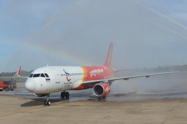 Nghi thức chào đón chuyến bay đầu tiên tại đường bay Bangkok – Khon Kaen