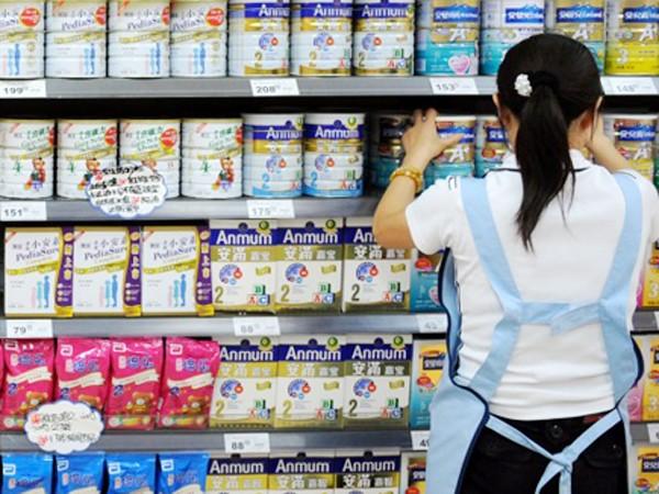 Hải quan phản hồi về việc truy thu thuế đối với 8 doanh nghiệp sữa ảnh 1