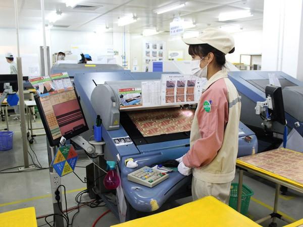 Lộ trình nào đưa Việt Nam thành nước thu nhập trung bình cao? ảnh 1