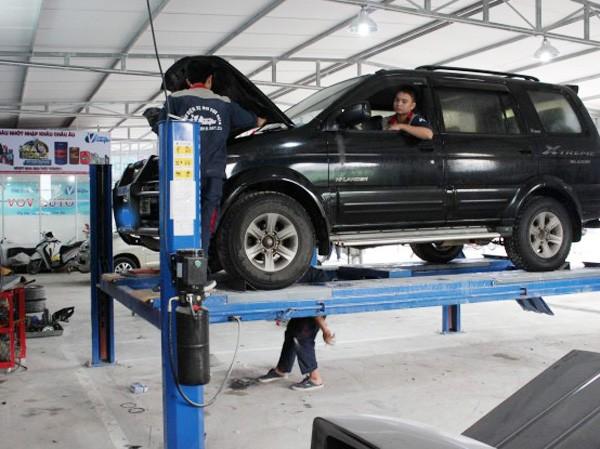 Xe ô tô có thời hạn sử dụng là 15 năm, mức hao mòn 1 năm là 6,7%