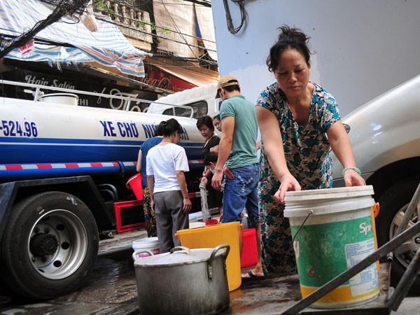 Phấn đấu nâng chỉ tiêu sử dụng nước sạch cho toàn TP tới năm 2020 lên mức 100%