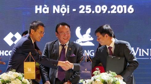 """Tân Hoàng Minh, Vingroup và Techcombank """"bắt tay"""" triển khai dự án D'Capitale ảnh 1"""
