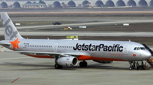 Do ảnh hưởng của cơn bão số 12, nhiều chuyến bay bị hủy nhằm đảm bảo an toàn