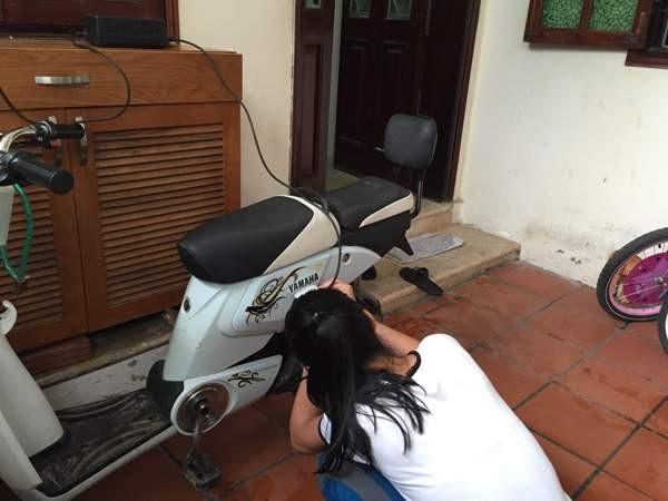 Người sử dụng xe đạp điện cần sạc điện đúng cách để đảm bảo an toàn
