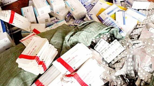 Đối tượng sản xuất, buôn bán thuốc giả có thể bị tù chung thân