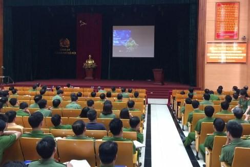 Quang cảnh Hội nghị trực tuyến tại điểm cầu CATP Hà Nội