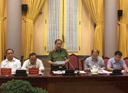 Trung tướng Hoàng Phước Thuận, Cục trưởng Cục An ninh mạng - Bộ Công an báo cáo tóm tắt nội dung Luật An ninh mạng