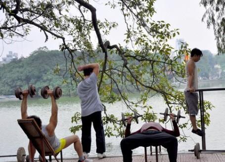 Tập thể dục đều đặn là cách giảm cân hiệu quả, bền vững nhất