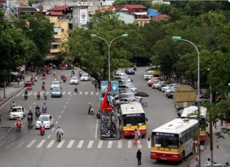 Từ 15/10, xe máy, ô tô lưu thông trên đường phải tuân thủ quy định mới về giới hạn tốc độ