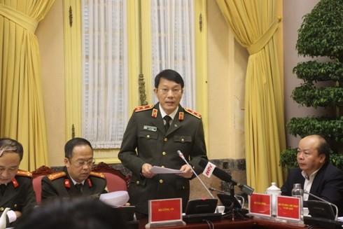 Trung tướng Lương Tam Quang, Thứ trưởng Bộ Công an tóm tắt nội dung một số luật mới tại buổi họp báo