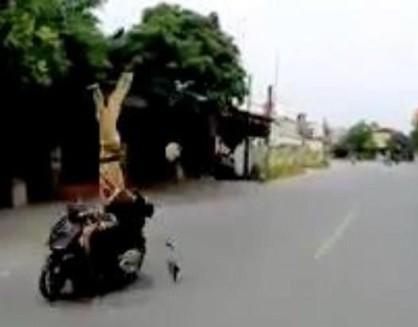 Cần xử lý nghiêm đối tượng cố tình đâm xe vào cảnh sát giao thông