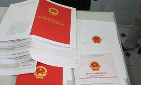 Giấy tờ về nhà đất là một trong những loại giấy tờ bị làm giả mang đi công chứng nhiều nhất