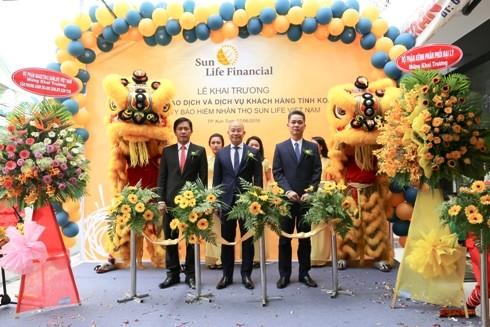 Khai trương Phòng giao dịch và dịch vụ khách hàng tại tỉnh Kon Tum