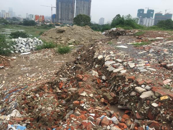 Giải quyết núi đất thải tại phường Đại Kim: Mọi thứ vẫn y nguyên