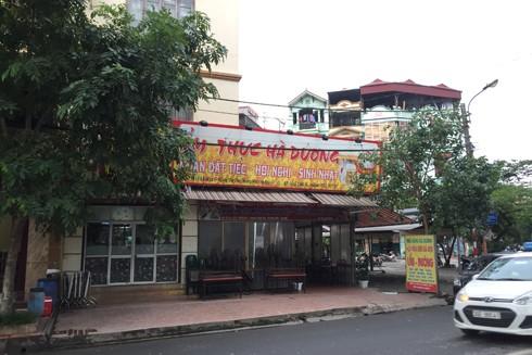 Nhà hàng ấm thực Hà Dương xây dựng trên khu đất làm bãi đỗ xe của khu dân cư