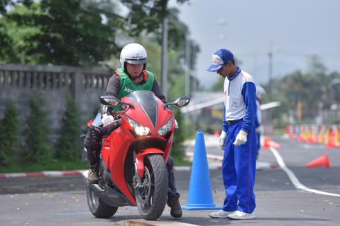 Hàng trăm xe phân khối lớn tham gia hành trình Honda Asian Journey
