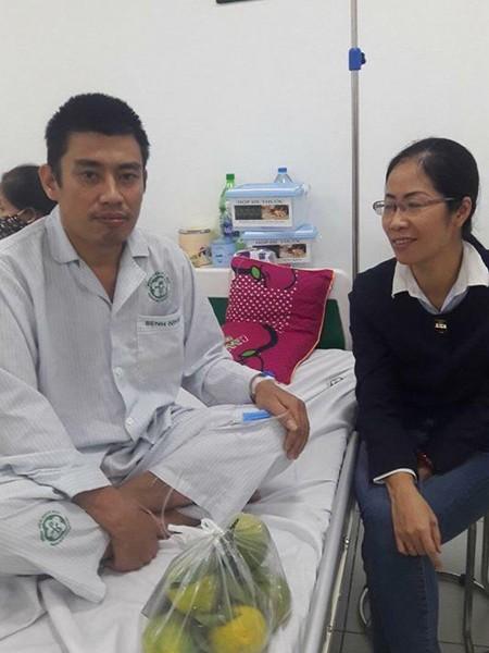 Anh Huỳnh nhập viện vì uống thuốc dạ dày mua trện mạng