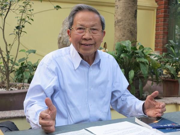 Thiếu tướng Lê Văn Cương,