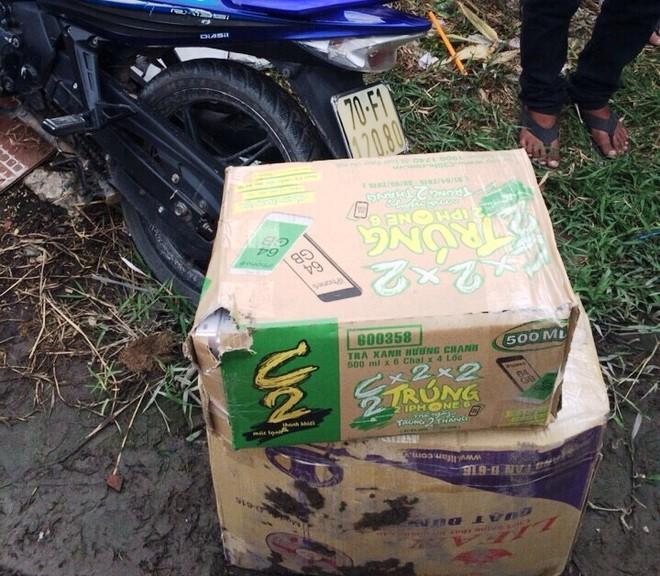 Các thùng carton chứa thuốc lá lậu tang vật mà CSGT thu giữ, chuyển giao cho Công an huyện Củ Chi điều tra theo thẩm quyền