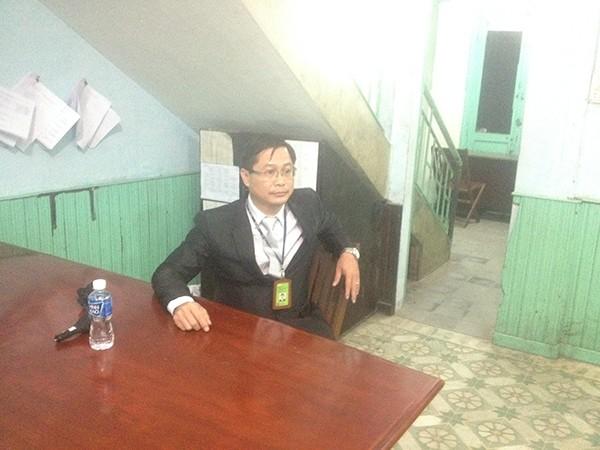 Ông Lê Hoàng tại cơ quan công an