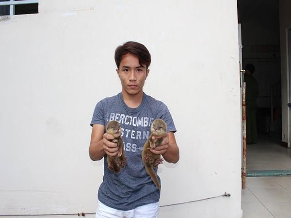Hình ảnh nghi can Phan Huỳnh Anh Khoa đăng tải trên facebook cá nhân, chào bán động vật hoang dã quý hiếm