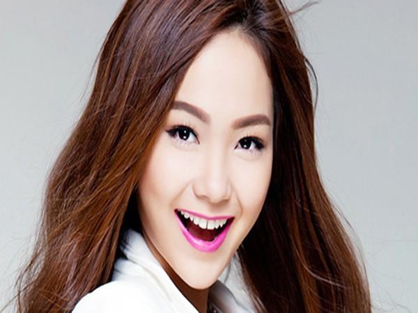 Nữ ca sĩ Minh Hằng