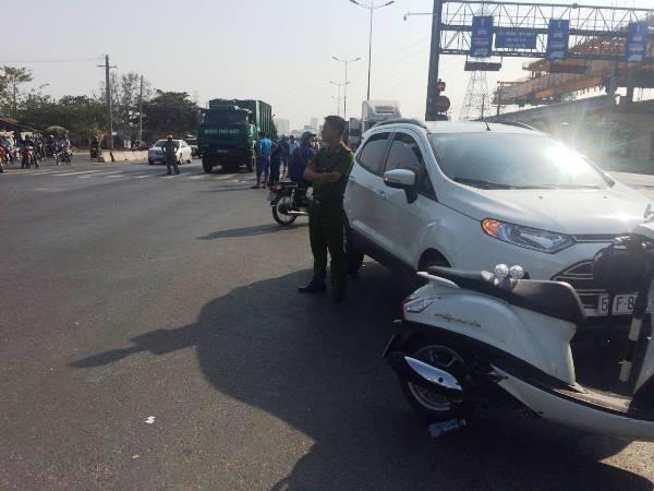Hiện trường vụ tai nạn tại ngã tư RMK