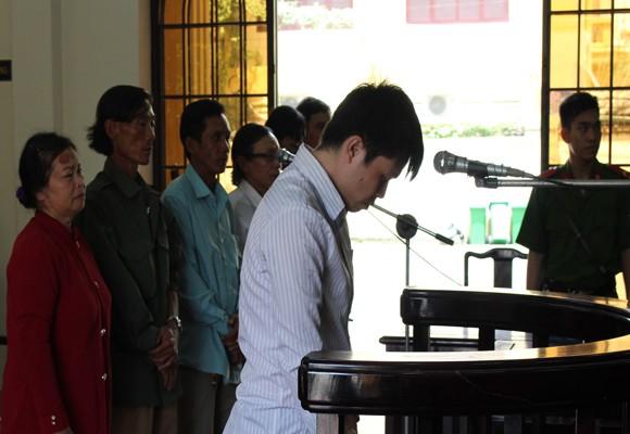 Bị cáo Lê Trường Hùng tại tòa