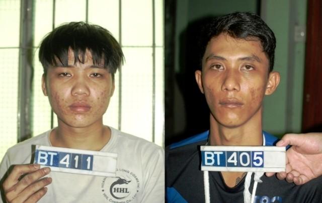 Nhường (trái) và Sà Rinh tại cơ quan điều tra