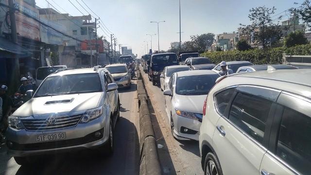 Vụ việc khiến giao thông khu vực kẹt xe nghiêm trọng