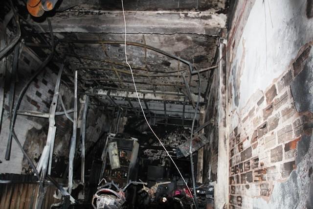 Vụ cháy thiêu rụi toàn bộ tầng trệt của căn nhà