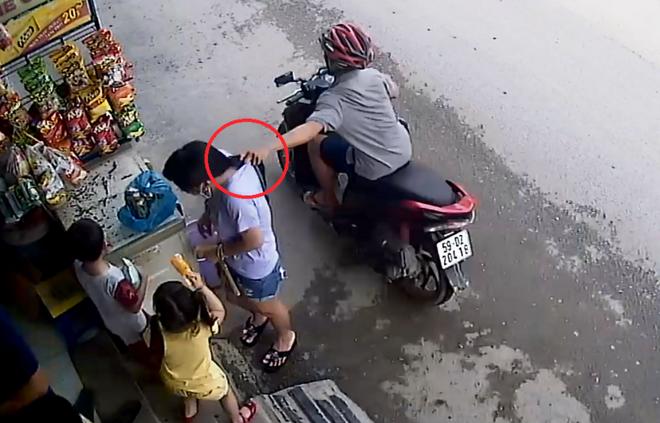Bị camera an ninh ghi lại hành vi, tên cướp bị bắt nhanh gọn