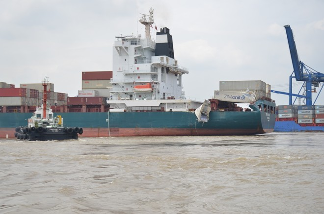 Hai tàu hàng va chạm trên sông Đồng Nai ảnh 7