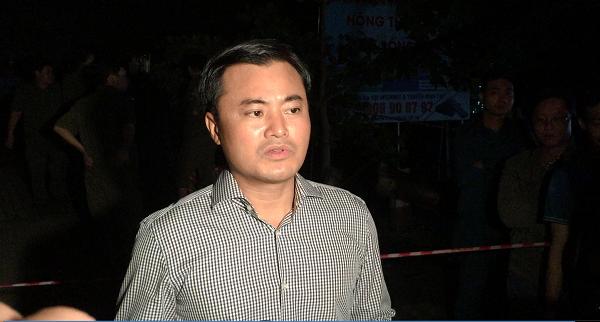 Ông Bùi Xuân Cường trả lời phỏng vấn tại hiện trường
