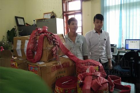 Đối tượng Nguyễn Đức Mến và Nguyễn Đức Hà cùng tang vật vụ án