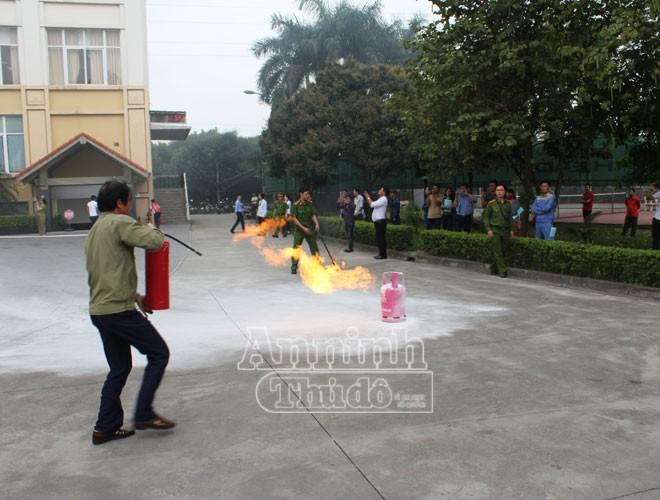 Nhiều người còn quá chủ quan trong việc phòng chống cháy nổ ảnh 7