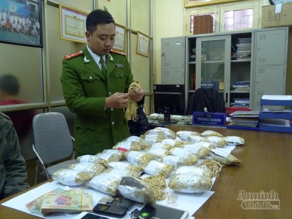 CATP Hà Nội bắt vụ buôn lậu hơn 33kg vàng