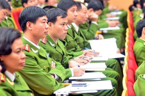 CATP Hà Nội quán triệt các nhiệm vụ trong tâm năm 2015 đối với lực lượng điều tra phòng chống tội phạm (ảnh Phú Khánh)