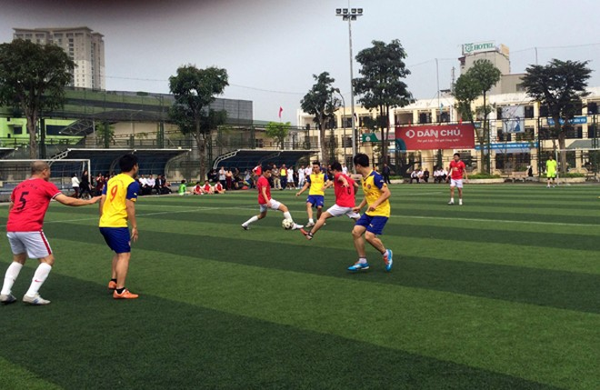 Giải bóng đá mùa xuân năm nay có gần 600 cán bộ, công chức QLTT Hà Nội tham gia