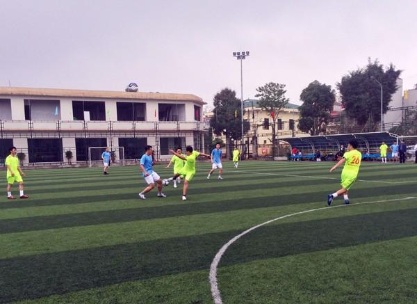 Sôi nổi giải bóng đá Chi cục QLTT Hà Nội ảnh 3