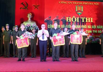 Sôi nổi Hội thi Công an xã giỏi thành phố Hà Nội ảnh 11