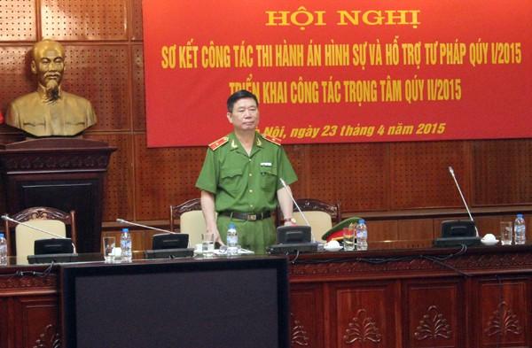 Thiếu tướng Đinh Văn Toản - Phó Giám đốc CATP phát biểu tại hội nghị