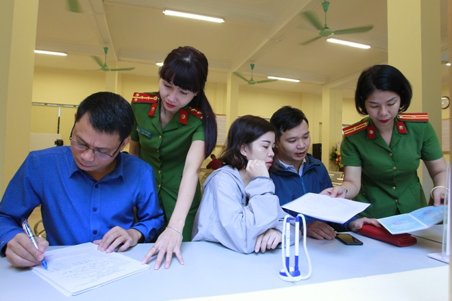Công an Hà Nội: Đổi mới công tác, tận tụy phục vụ nhân dân ảnh 2
